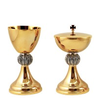 "CHALICE & CIBORIUM WITH ""SPIKE"" DESIGN C488-C489"