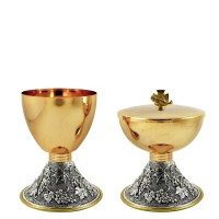 "CHALICE & CIBORIUM WITH ""GRAPES"" DESIGN C120-C121"