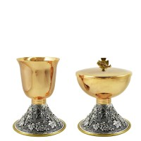 "CHALICE & CIBORIUM WITH ""GRAPES"" DESIGN C121-C122"